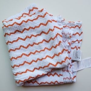 Aden + Anais muslin baby swaddle blanket